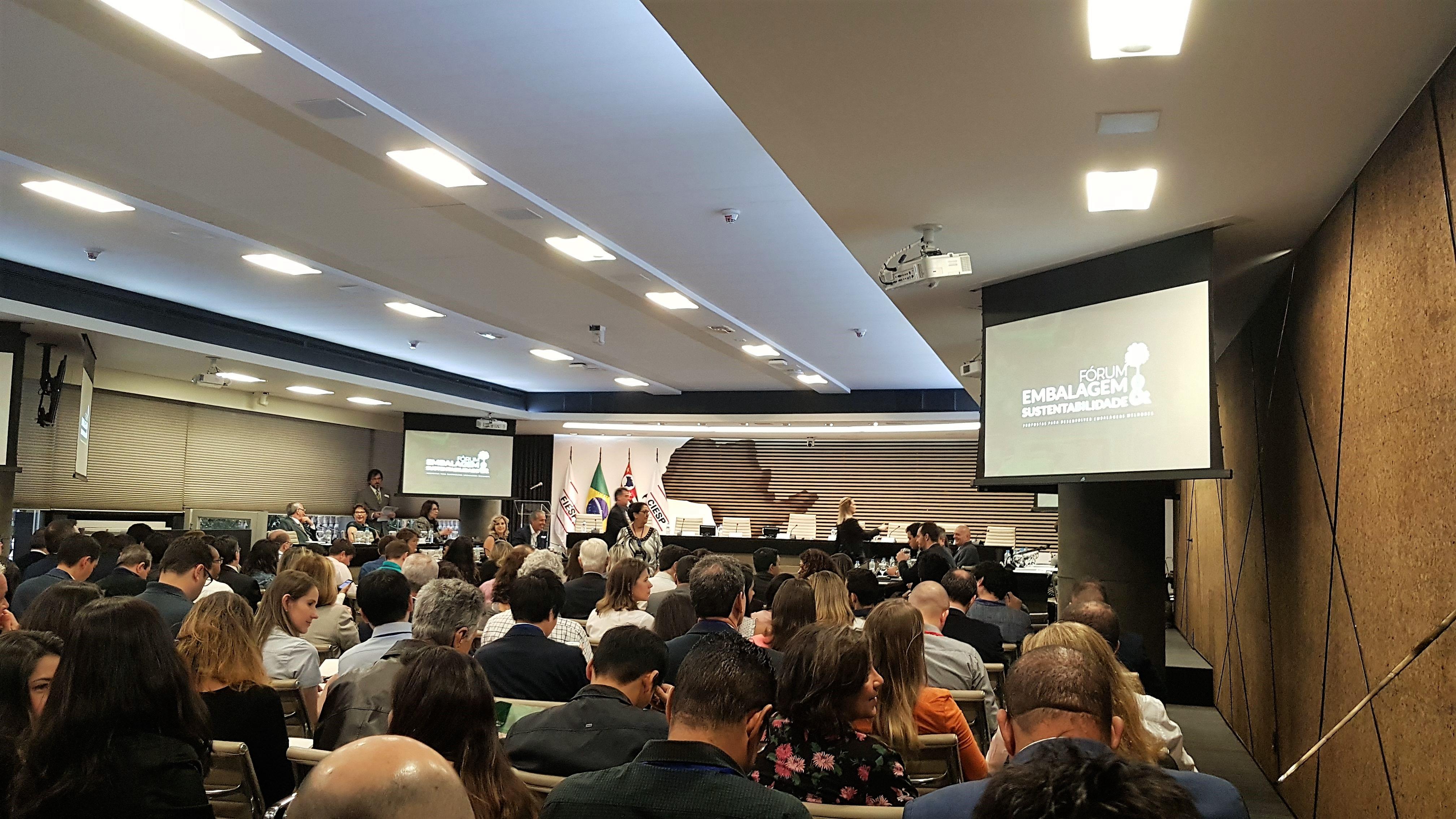 SP Negócios participa de fórum sobre embalagens sustentáveis na Fiesp